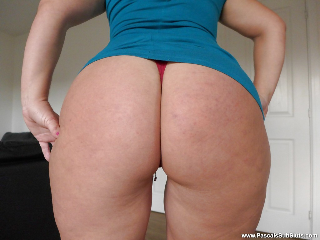 thick amateur european milf montse swinger baring fat ass in thong