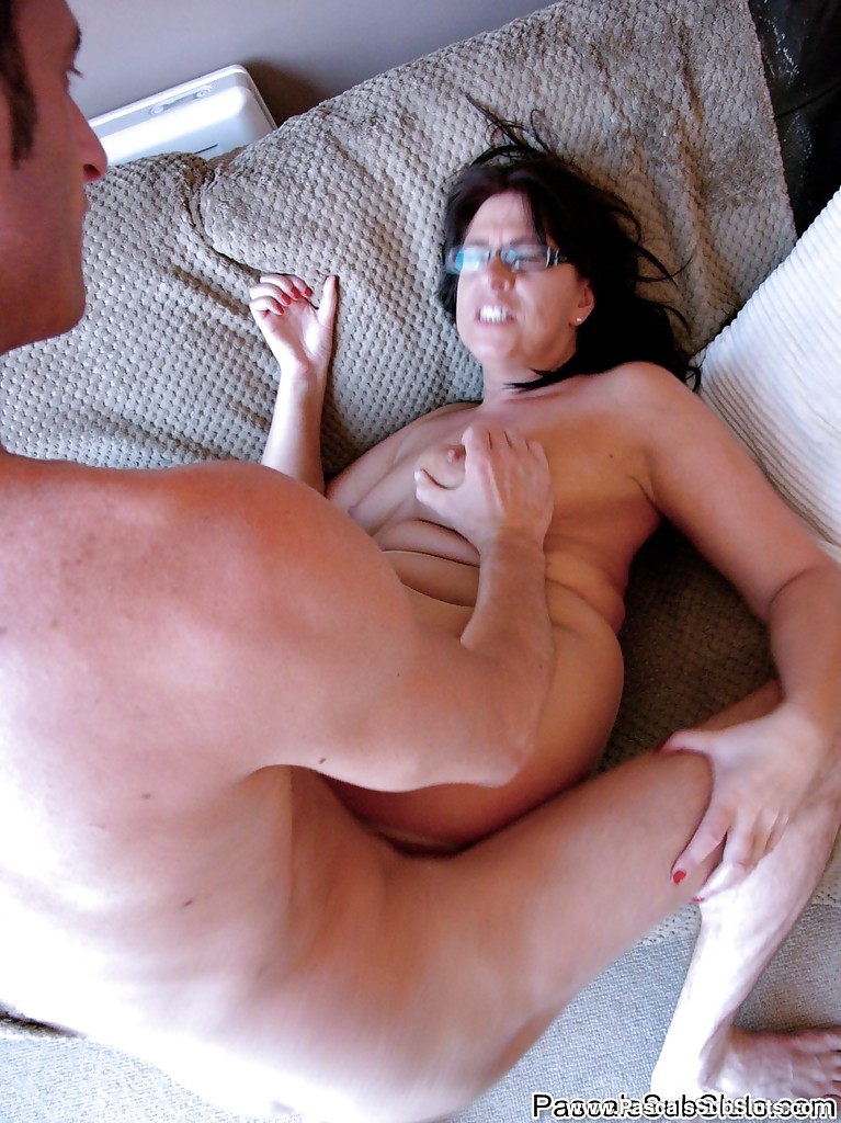 Amateur wife big dick blowjob attempt