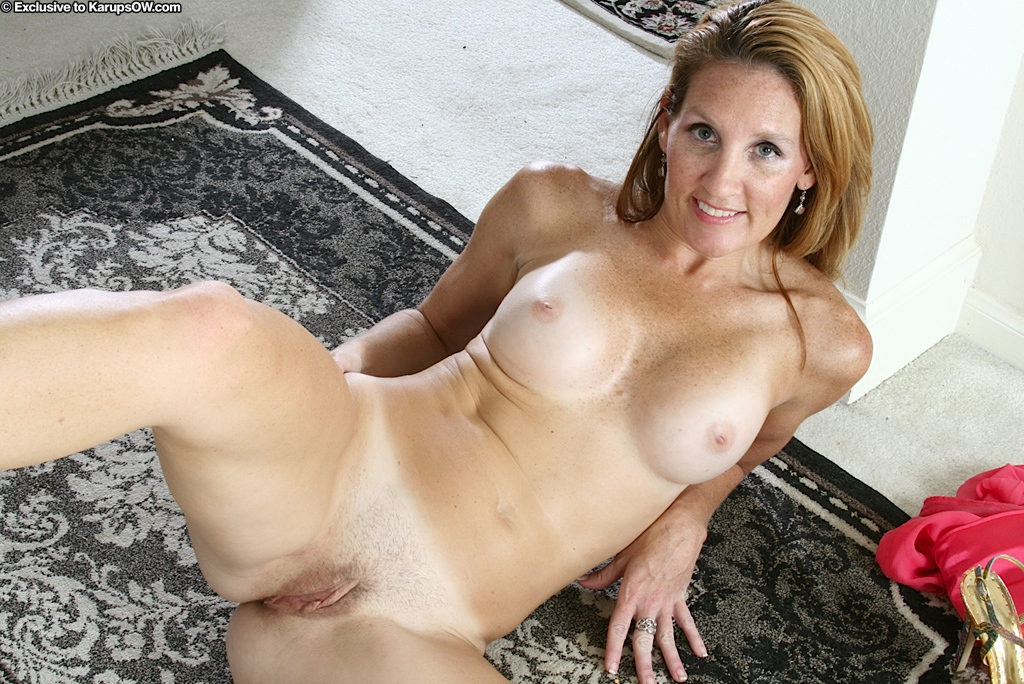 old woman pussy trimmed