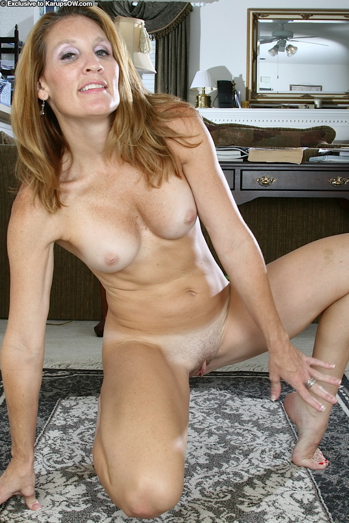 Free goldie blair blowjob galleries