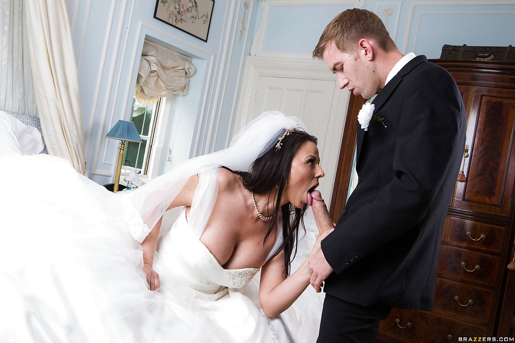 pictures oral sex at wedding