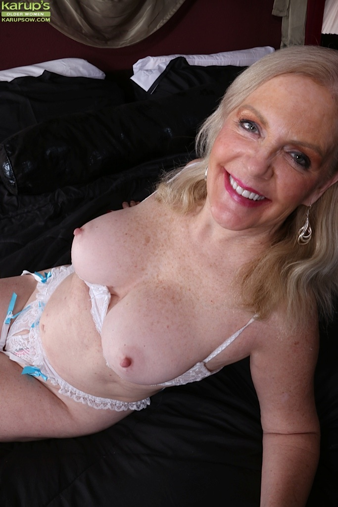 Mature women with long nipples