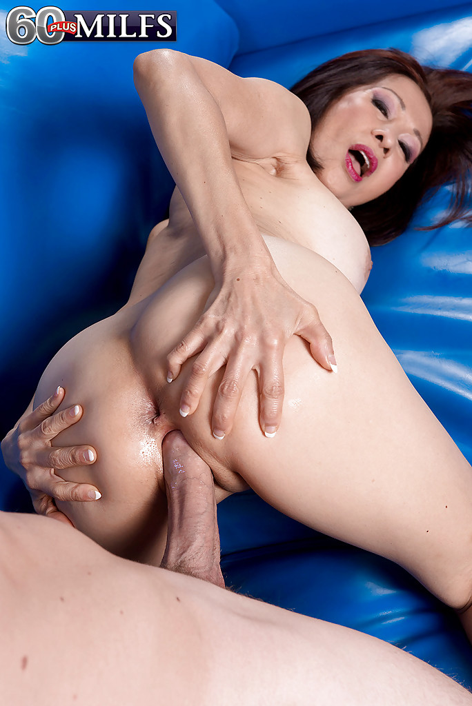 girl-from-old-asian-anal-galleries-aida-screaming-big