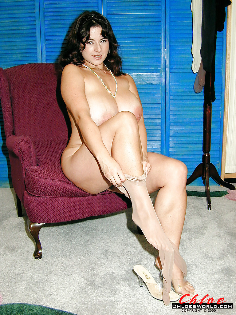 Buxom women and pantyhose pictures