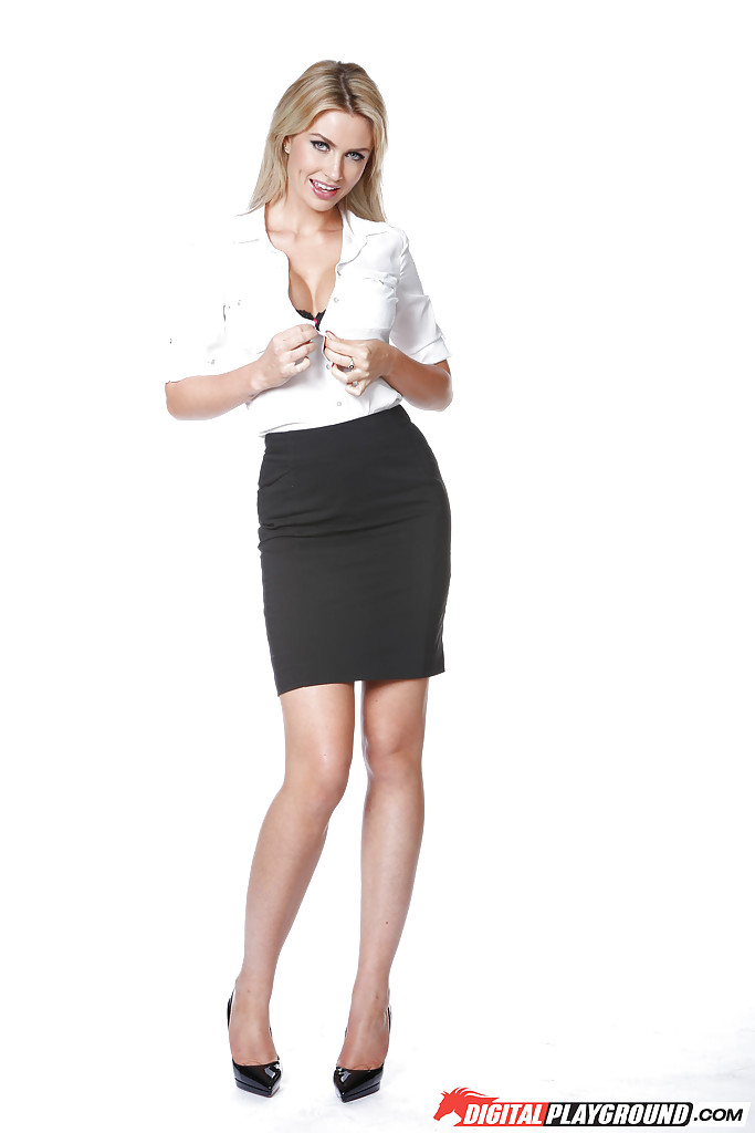 . pornpic pencil skirt