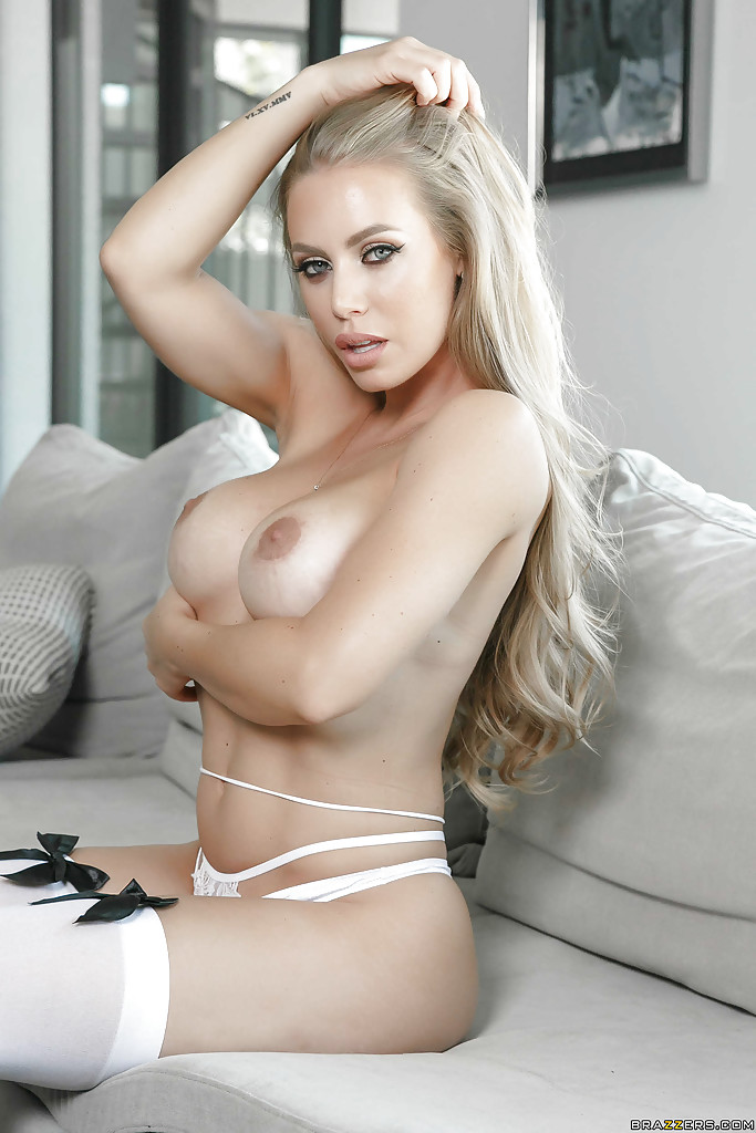 Nicole Aniston Big Boobs
