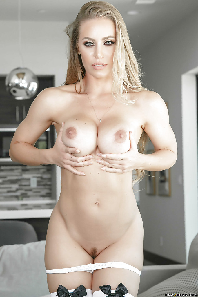 Nicole aniston maid