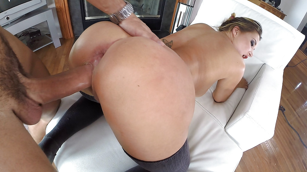 Did big anal sex with girl