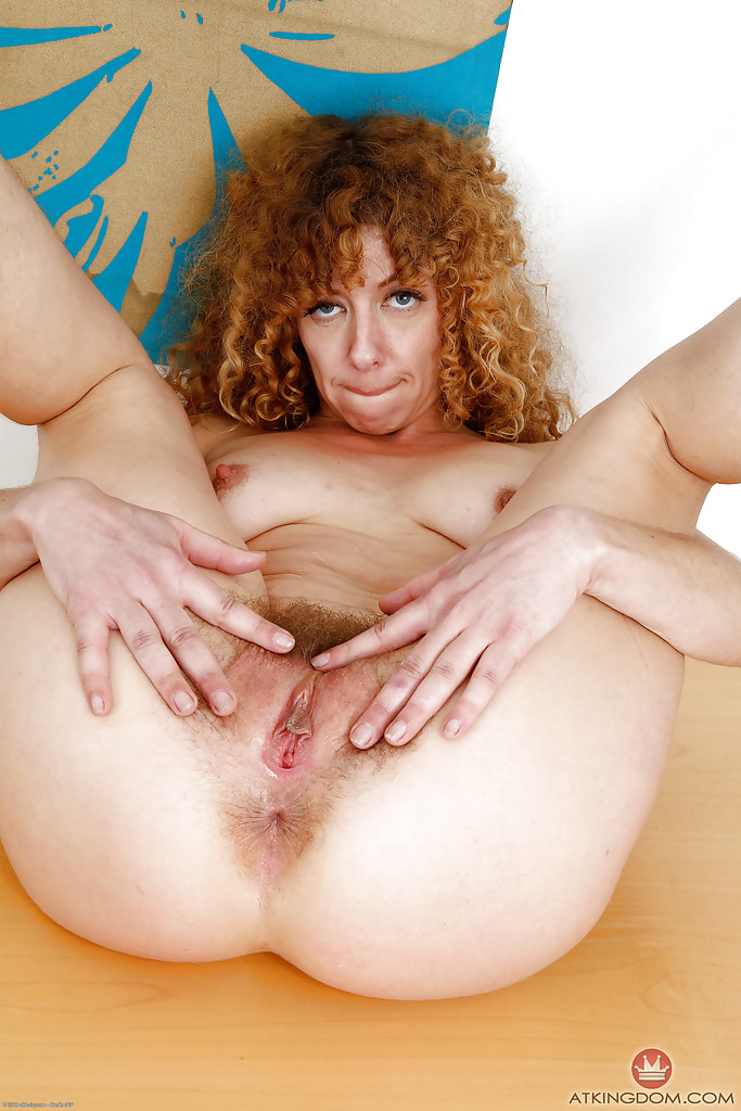 Hairy ginger vagina