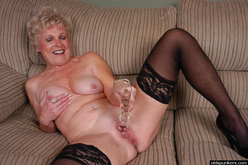 milf tease webcam