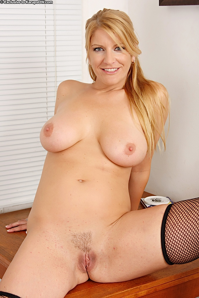 Major mature tits