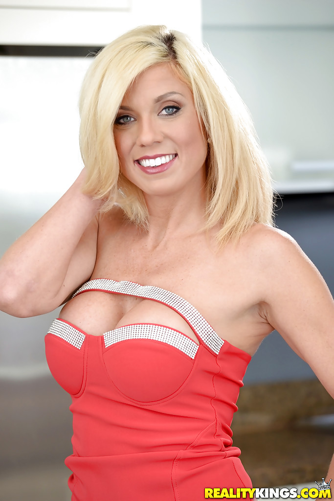 Blonde milf fake boobs