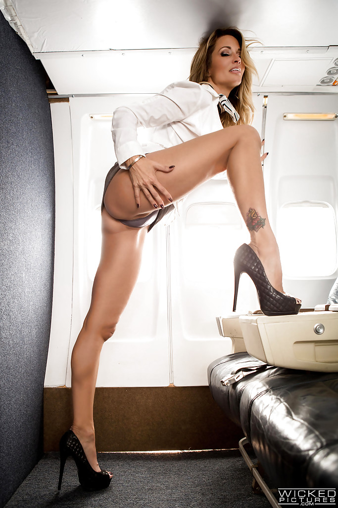 jessica drake asian porn star - ... MILF pornstar Jessica Drake disrobing to masturbate on airplane in high  heels ...