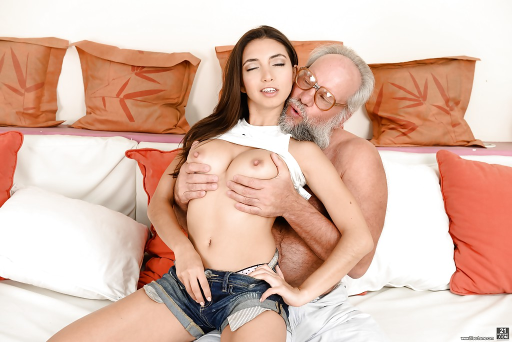 Latina girl fucking old man tub