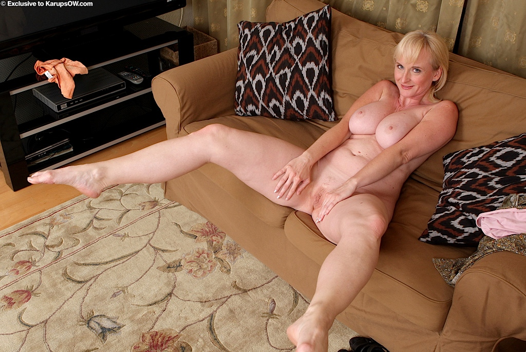 mature blondes tube videos