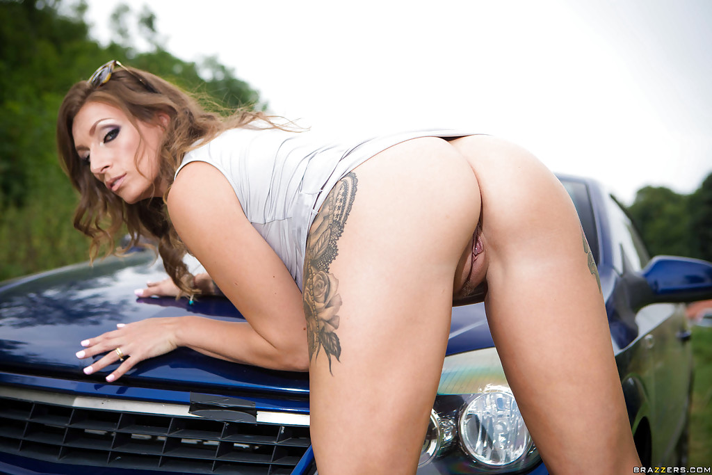 Opinion you Sexy girlsdriving cars topless