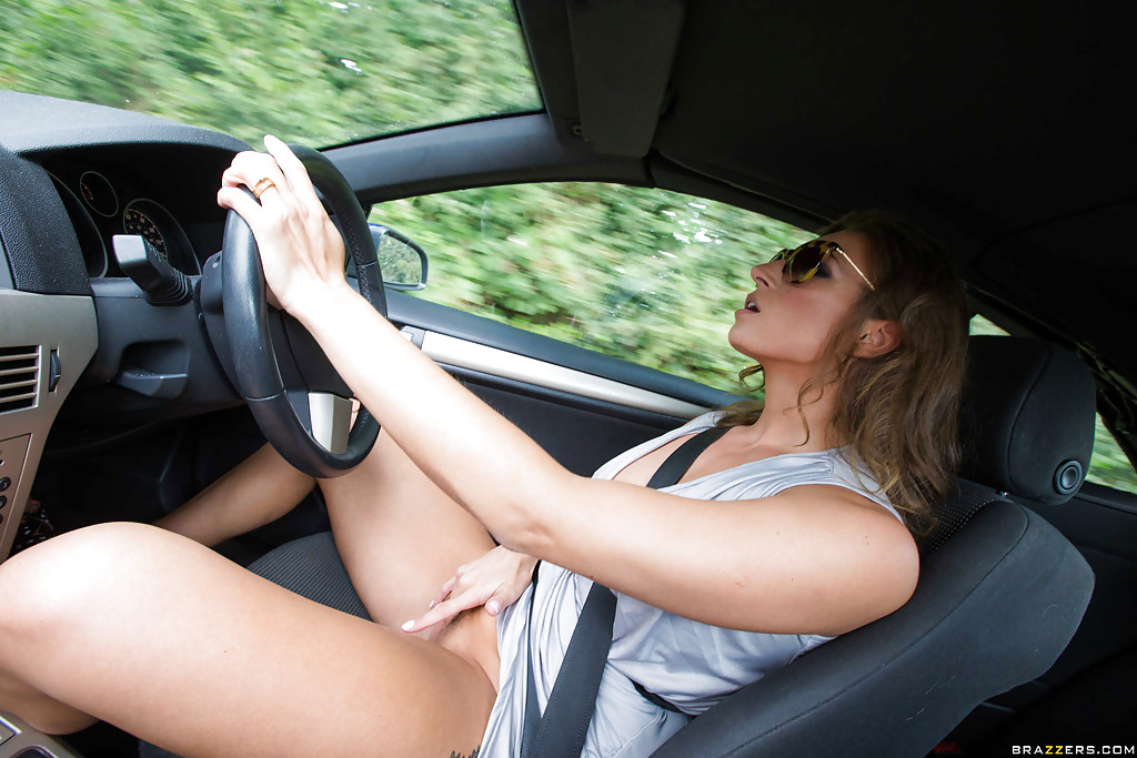 Milf shows pussy while driving