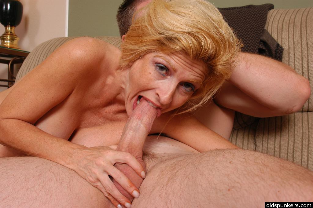 Old women suck cock
