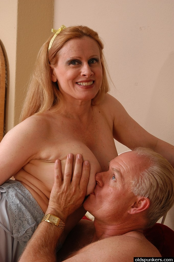 Middle Aged Women Getting Fucked