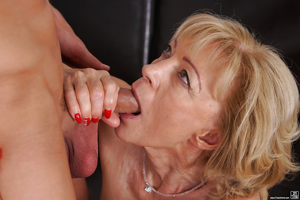 Old women sucking tits