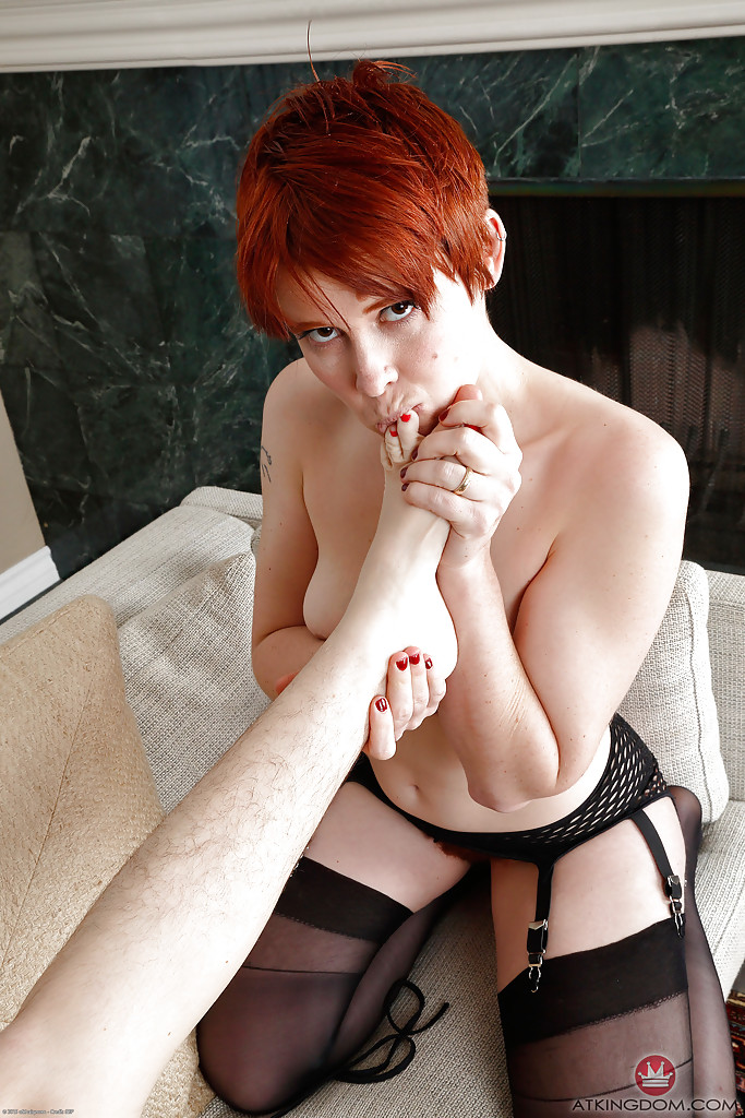 Hairy simone delilah and red head lily cade - 1 part 6