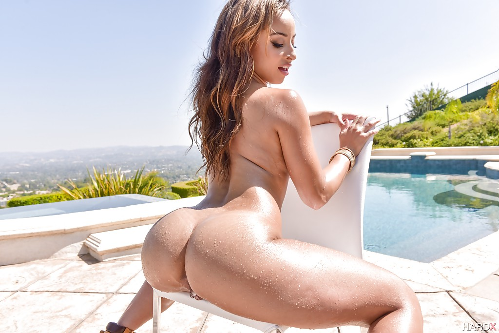 sommer ray nudes