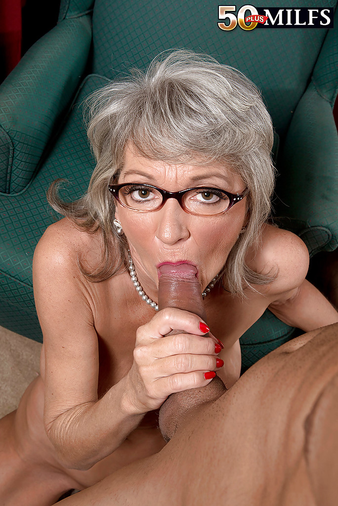 oral sex porn glasses