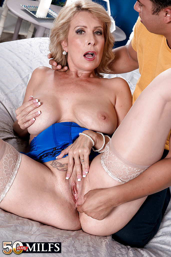 40 year old milf banged 5
