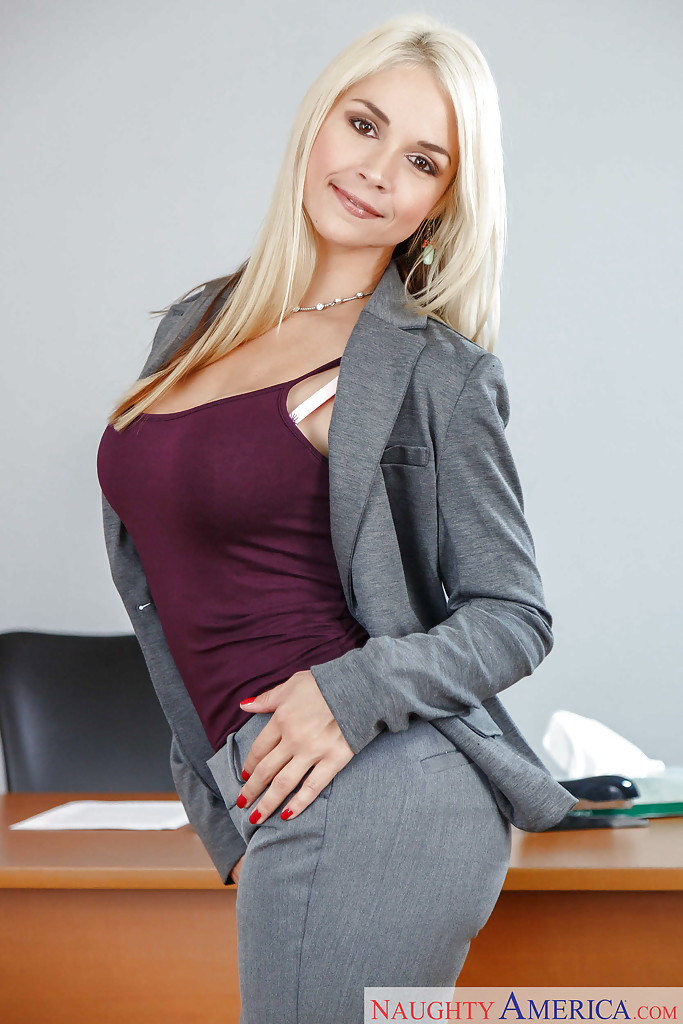 sarah vandella nude teacher