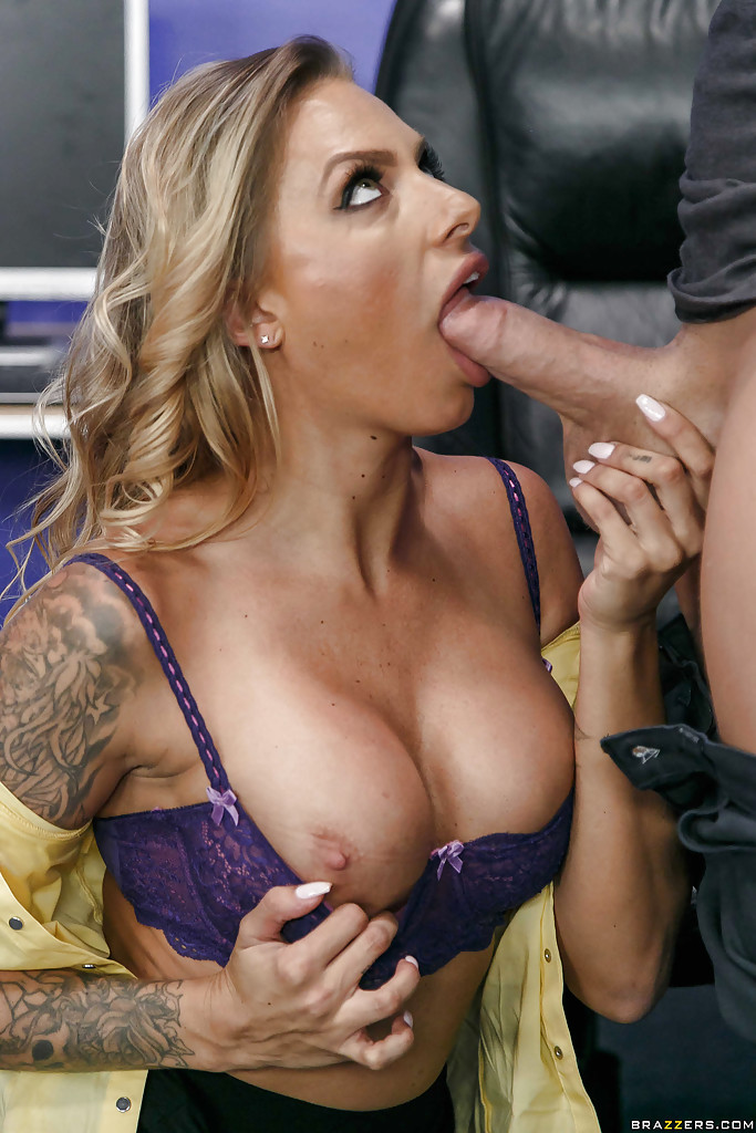 Oral pleasure job before butt pleasuring