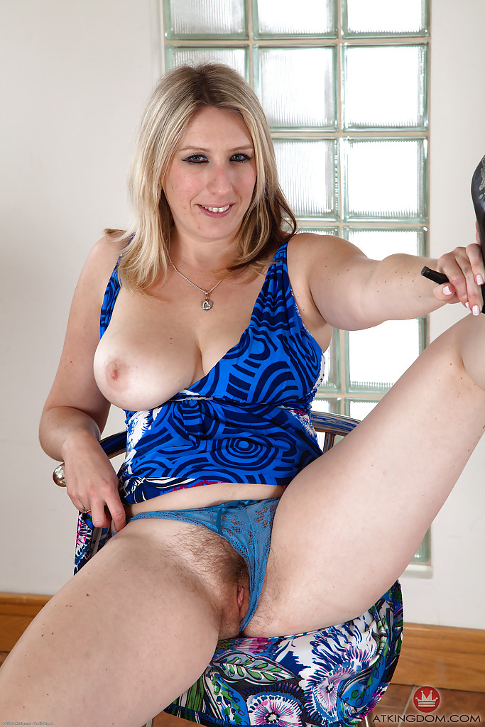 Blonde milf hairy pussy