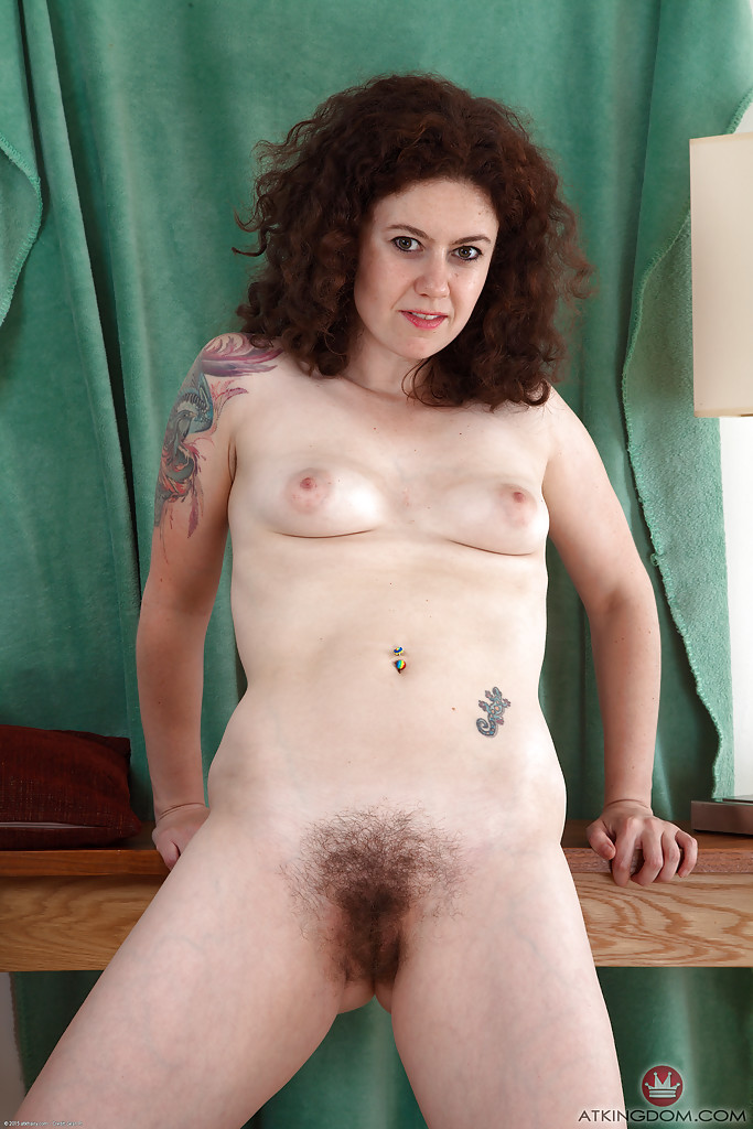 hairy mature woman gnudes