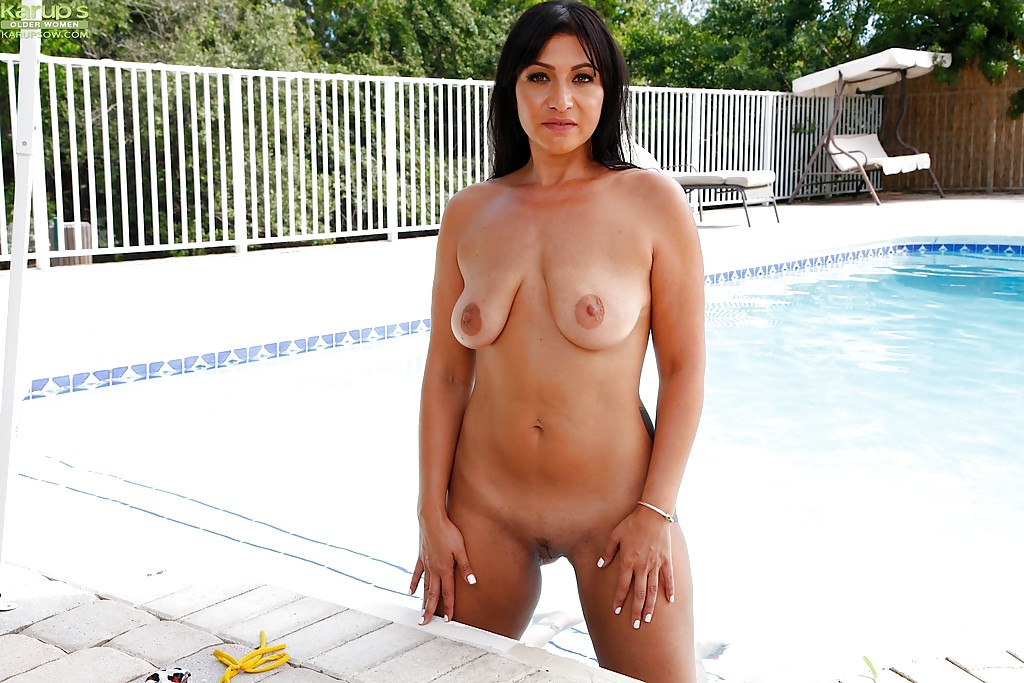 Sex in naked bollywood