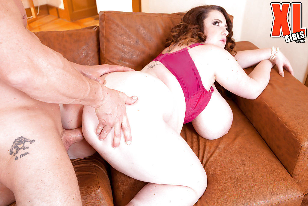 Hard fucking bitch with big fat pussy