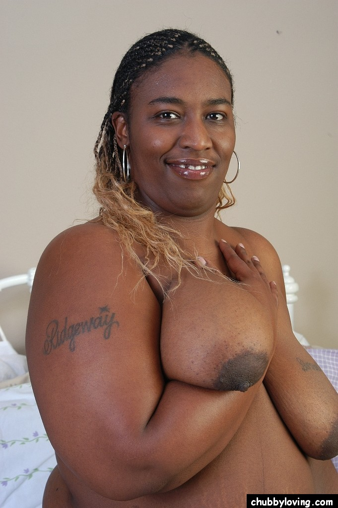 brown-skin-chubby-naked