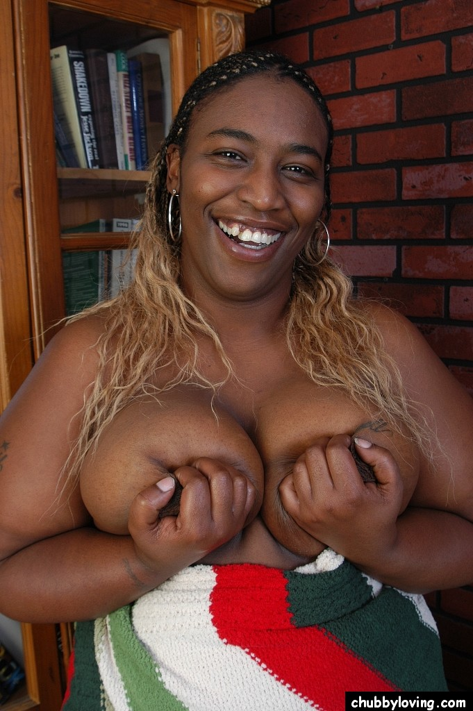 Ebony Bbw Squirt Masturbation