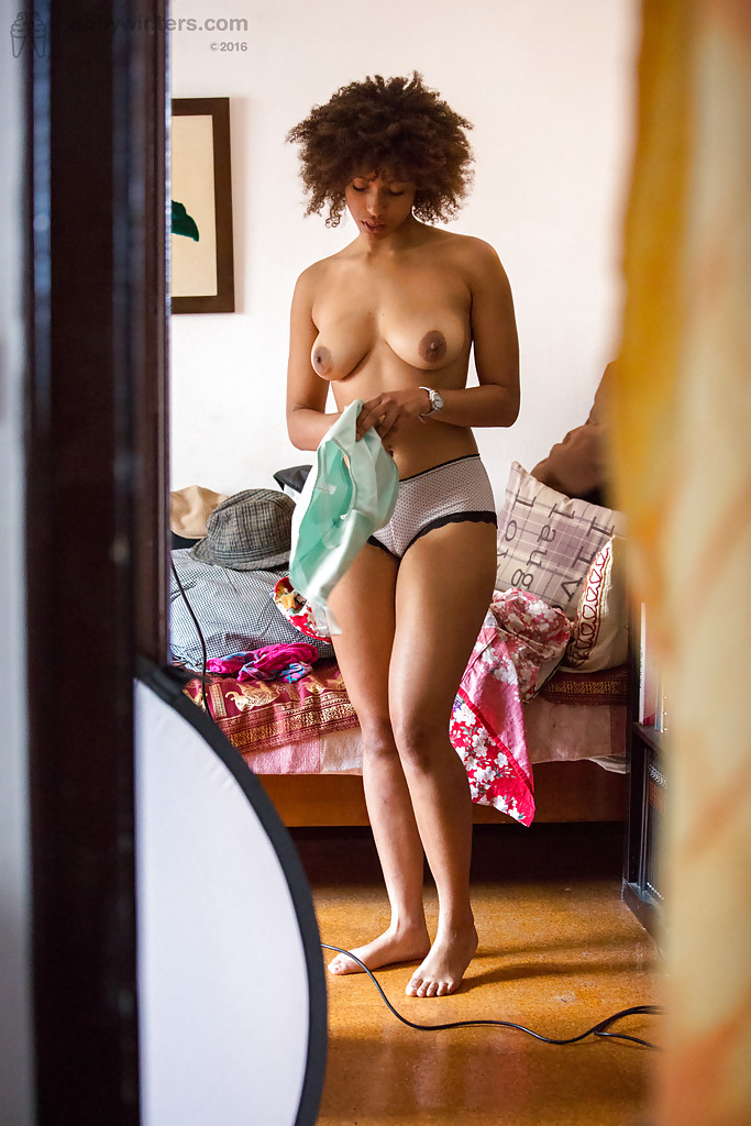 amature ebony nude pics big booty big cocks