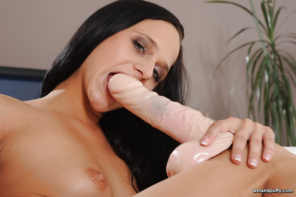 Amatuer wife xxx massage tubes