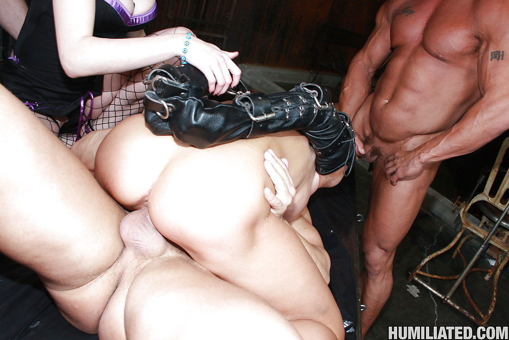 Boobs.more Filthy milf gangbang dick anyone