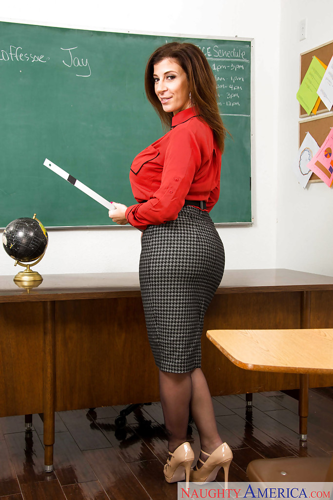 red-bone-teachers-naked
