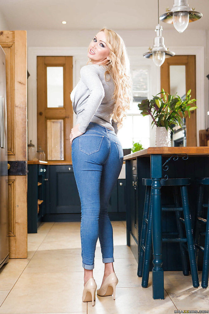 Remarkable, and jeans in sexy posing blonde with you agree