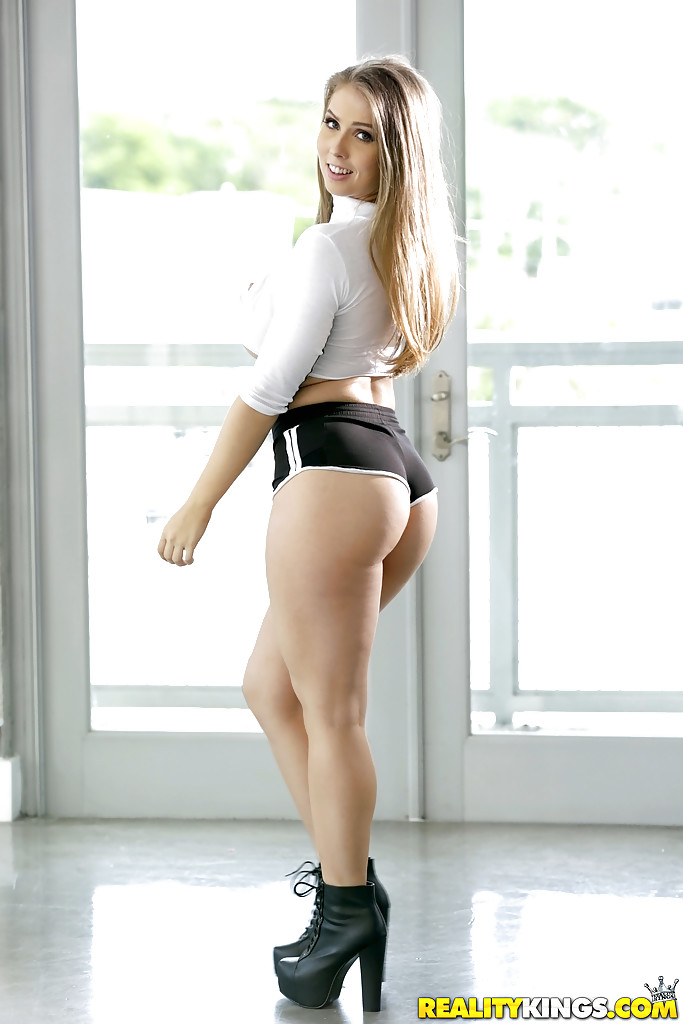 sexy girls topless in booty shorts