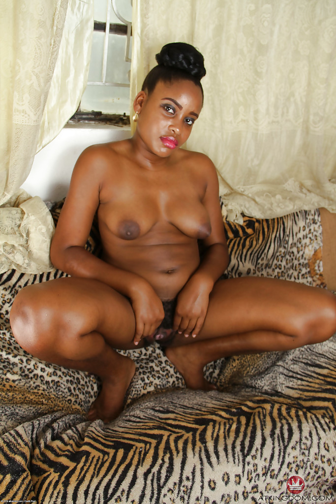 Amateur  first black cock