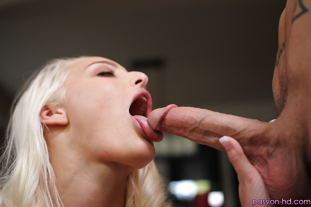 Sensual Macy Cartel Gives Head On A Big Cock During Sensual Pov Special