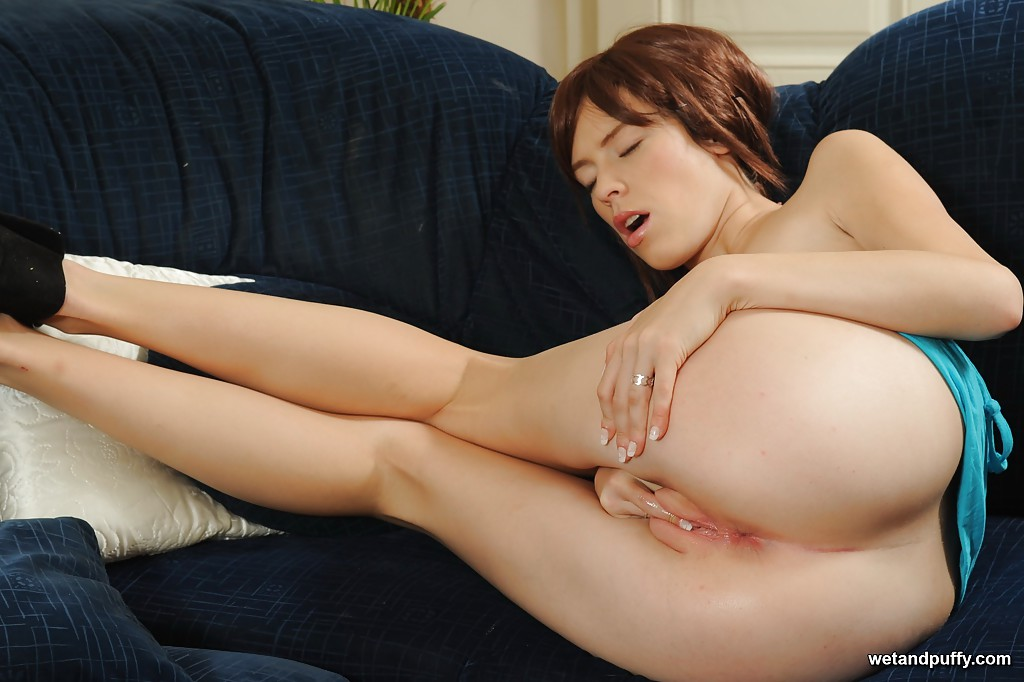 Pretty female Nicol releasing cameltoe pussy from panties for finger fucking