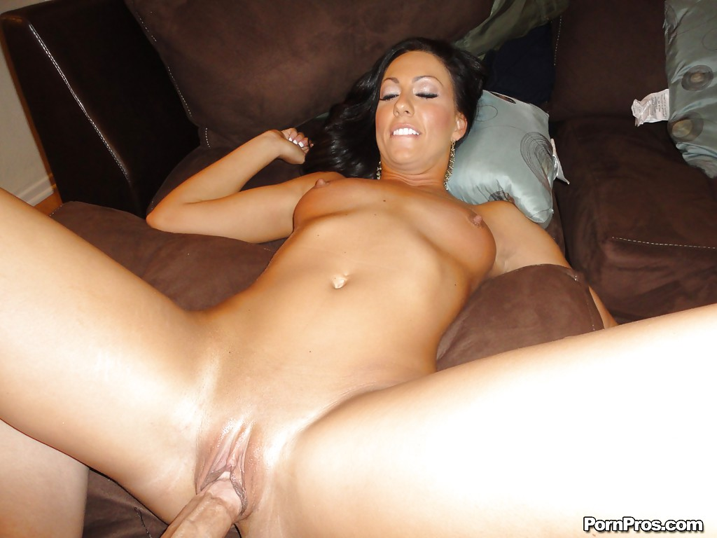 Deauxma milfs like it big