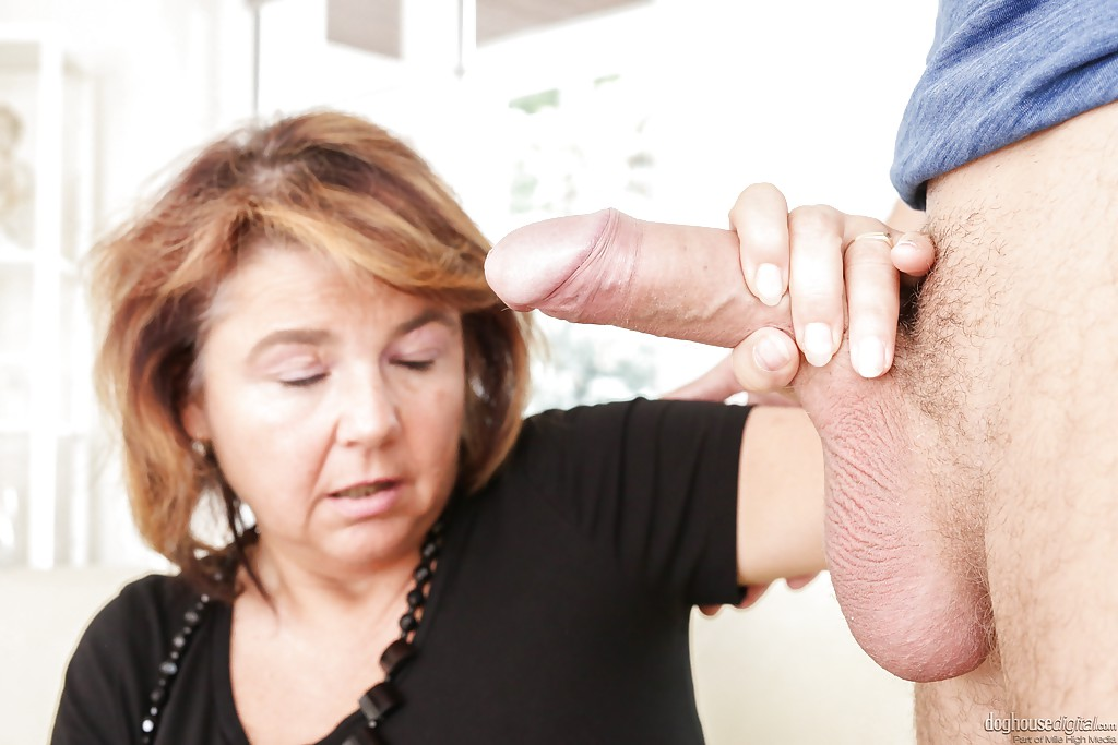 Nasty latina ebony milf