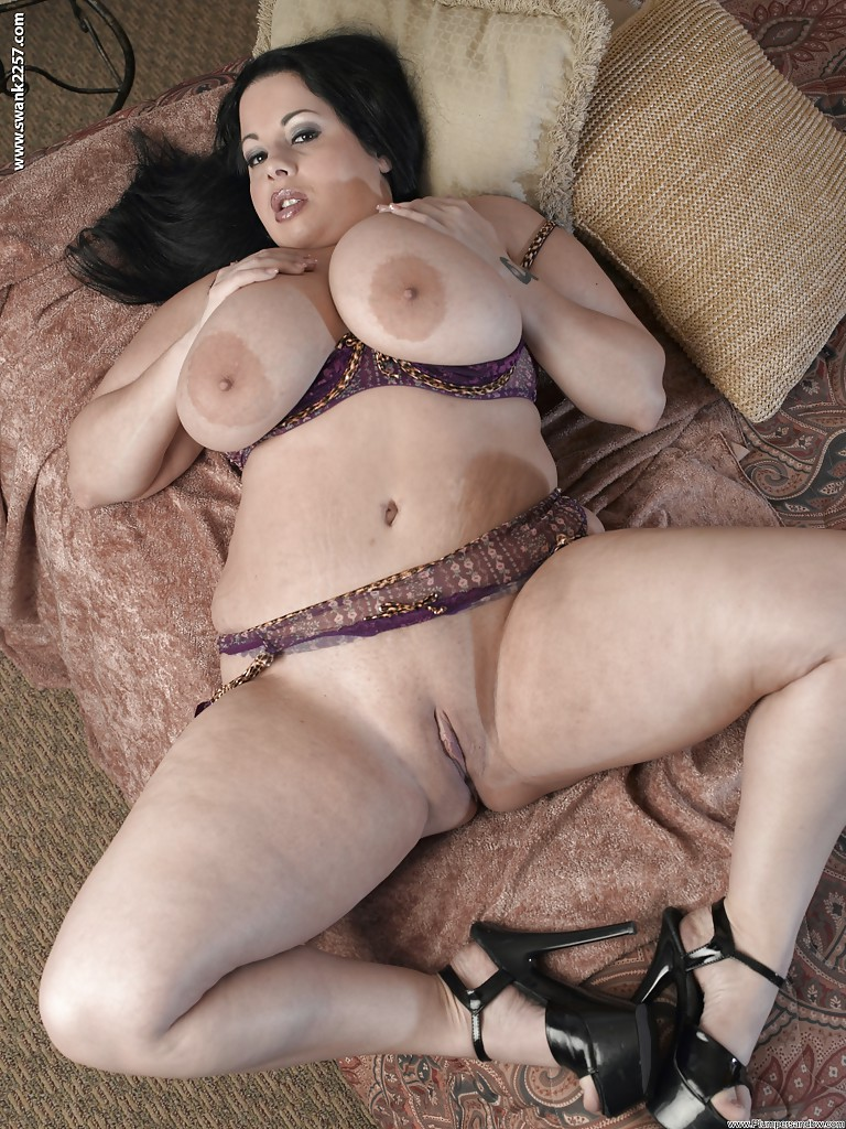 wife anal chubby models