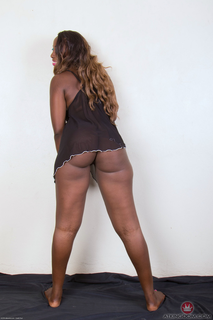 Amateur Curvey Ebony Teen