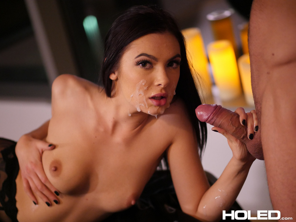 Stunning Dark Haired Beauty Marley Brinx And Her Adorable Blonde Pervmom 1